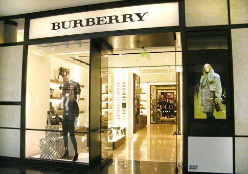 Internaional Mall Burberry