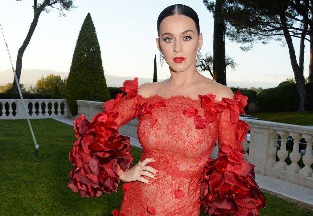Katy-Perry-Orlando-Bloom-amfAR-Gala-Cannes-2016