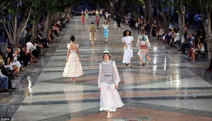 O show da Chanel em Cuba!
