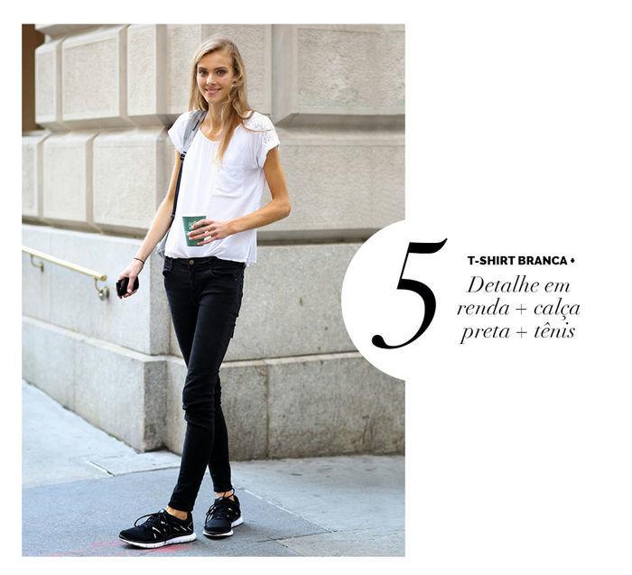 Layla Monteiro dá dicas de como usar e arrasar com tshirt camiseta branca detalhe em renda com calça preta e tênis preto de academia
