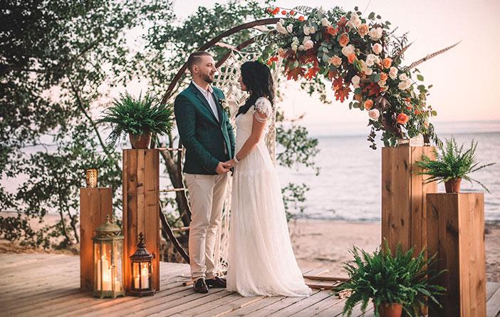 Tendência para casamentos: decoração circular para o altar